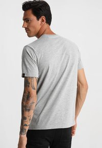 Alpha Industries - T-shirt basique - grey heather - 2