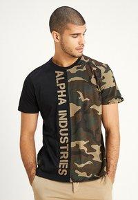 Alpha Industries - T-shirt print - woodland - 0