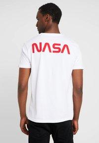 Alpha Industries - T-shirt imprimé - white - 2