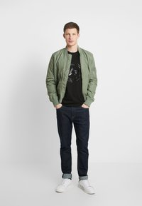 Alpha Industries - T-shirt con stampa - black - 1