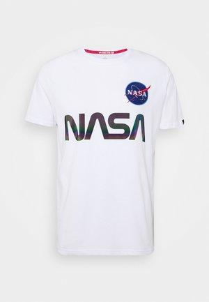 NASA RAINBOW  - Printtipaita - white