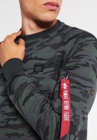 Alpha Industries - X FIT SWEAT - Sweatshirt - black - 3