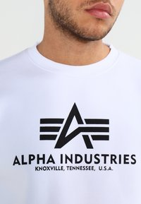 Alpha Industries - BASIC SWEATER - Sweatshirt - weiss - 3