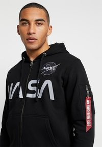 Alpha Industries - NASA ZIP HOODY - veste en sweat zippée - black - 4