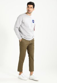 Alpha Industries - NASA - Sweatshirt - greyheather - 1