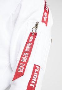 Alpha Industries - TAPE HOODY EXCLUSIV - Kapuzenpullover - white - 5
