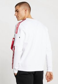 Alpha Industries - TAPEEXCLU - Felpa - white - 2