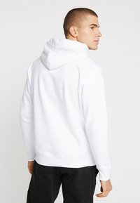 Alpha Industries - BASIC HOODY SMALL LOGO - Luvtröja - white - 2