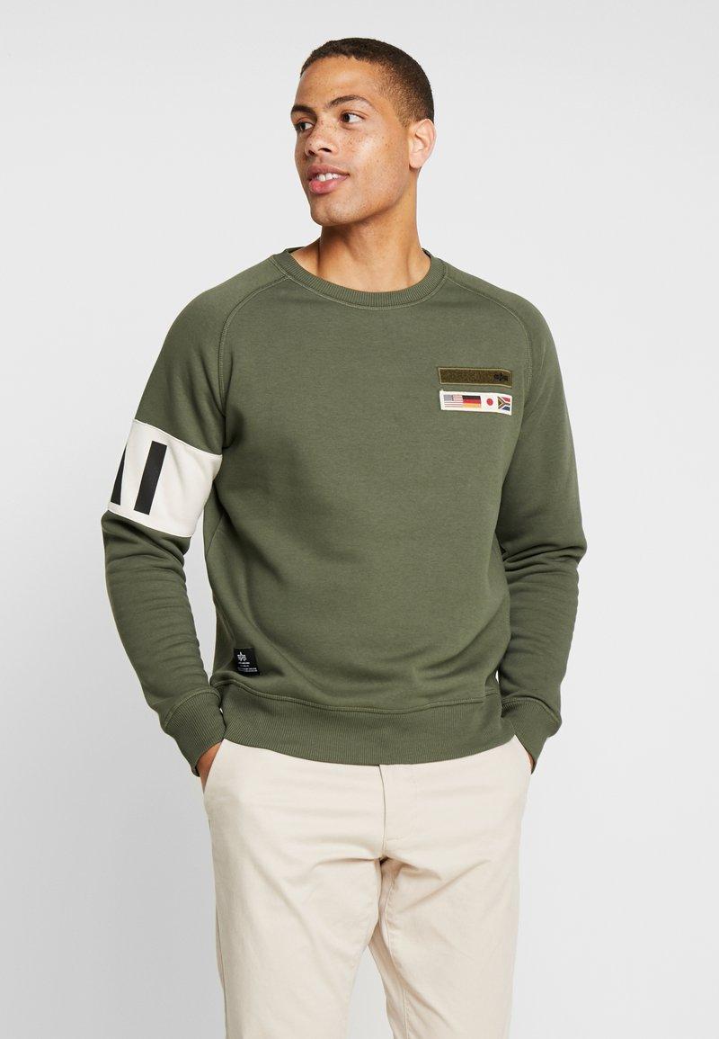 Alpha Industries - Sweatshirt - dark olive