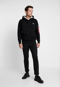 Alpha Industries - Kapuzenpullover - black - 1