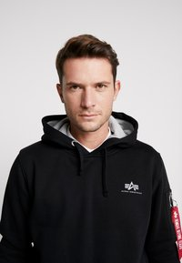 Alpha Industries - Kapuzenpullover - black - 3