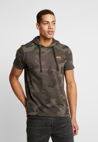 Alpha Industries - Camiseta estampada - dark olive - 0