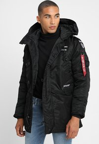 Alpha Industries - AIRBORNE - Cappotto invernale - black - 4