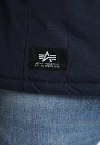 Alpha Industries - NASA ANORAKFUNKTION - Cortaviento - rep blue - 6
