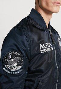 Alpha Industries - MOON LANDING - Bomberjacks - blue - 5