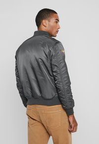 Alpha Industries - AIR FORCE - Giubbotto Bomber - grey - 2