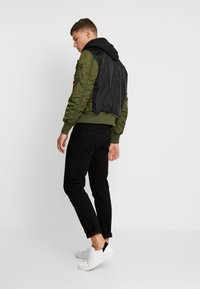 Alpha Industries - MA-1 ZIP HOOD - Bomberjacks - dark green - 2