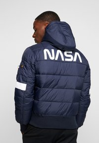 Alpha Industries - HOODED PUFFER NASA - Giacca invernale - dark blue - 2