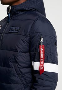 Alpha Industries - HOODED PUFFER NASA - Giacca invernale - dark blue - 5