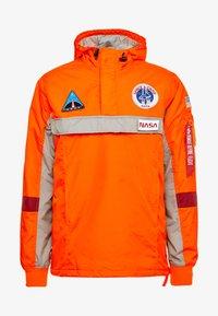 Alpha Industries - SPACE CAMP ANORAK - Veste mi-saison - orange - 4