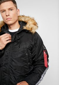 Alpha Industries - TAPE - Parka - schwarz