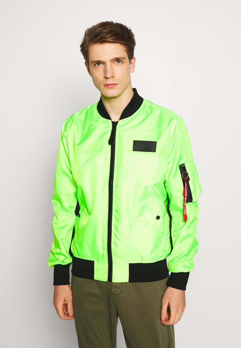 Alpha Industries - Bomberjacks - neon green