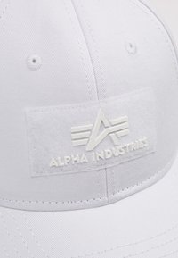 Alpha Industries - Kšiltovka - white - 5
