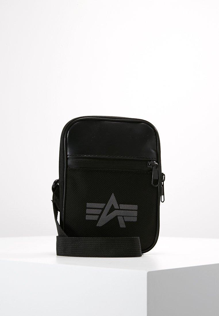 Alpha Industries - UTILITY BAG REFLECTIVE - Sac bandoulière - black