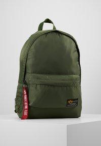 Alpha Industries - CREW BACKPACK - Batoh - sage green - 0