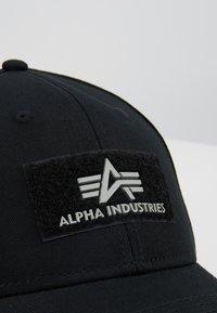 Alpha Industries - Pet - black - 5