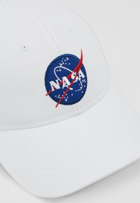 Alpha Industries - NASA - Kšiltovka - white - 6