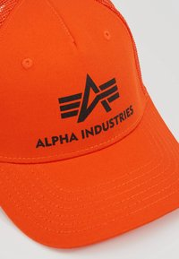 Alpha Industries - BASIC TRUCKER - Caps - flame orange - 6