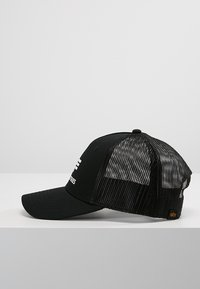 Alpha Industries - BASIC TRUCKER - Pet - black - 3