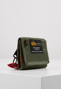 Alpha Industries - CREW WALLET - Portfel - sage green - 4