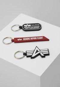 Alpha Industries - KEYCHAIN PACKAGE SET - Llavero - black - 1