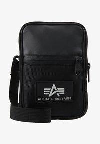 Alpha Industries - UTILITY BAG - Taška spříčným popruhem - black - 6
