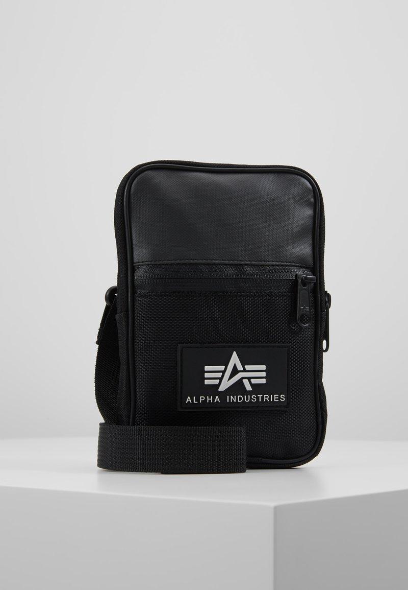 Alpha Industries - UTILITY BAG - Taška spříčným popruhem - black