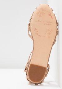 Alma en Pena - Ankle strap ballet pumps - old pink - 6