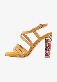 Alma en Pena - High heeled sandals - moustard - 1