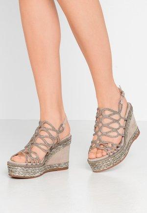 High Heel Sandalette - taupe