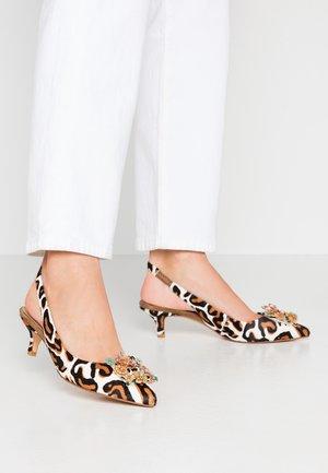 Classic heels - wild white