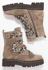Alma en Pena - Platform ankle boots - taupe - 3