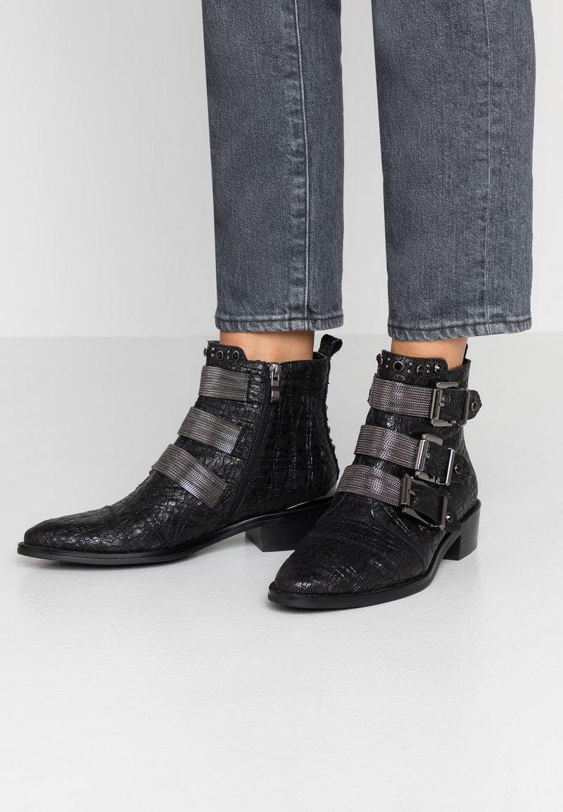 Alma en Pena - Boots à talons - focus black