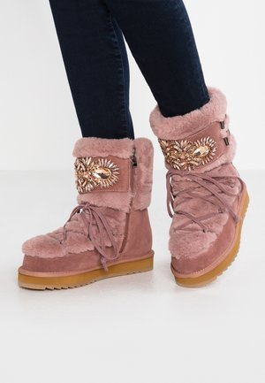 Platform ankle boots - lavanda