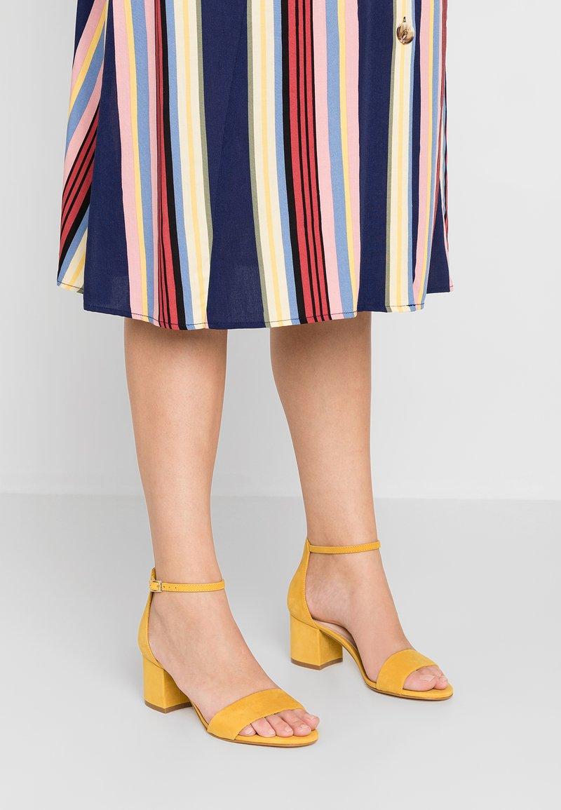 ALDO Wide Fit - WIDE FIT VILLAROSAW - Sandals - golden rod