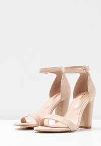ALDO Wide Fit - WIDE FIT JERAYCLYA - High heeled sandals - rugby tan - 4