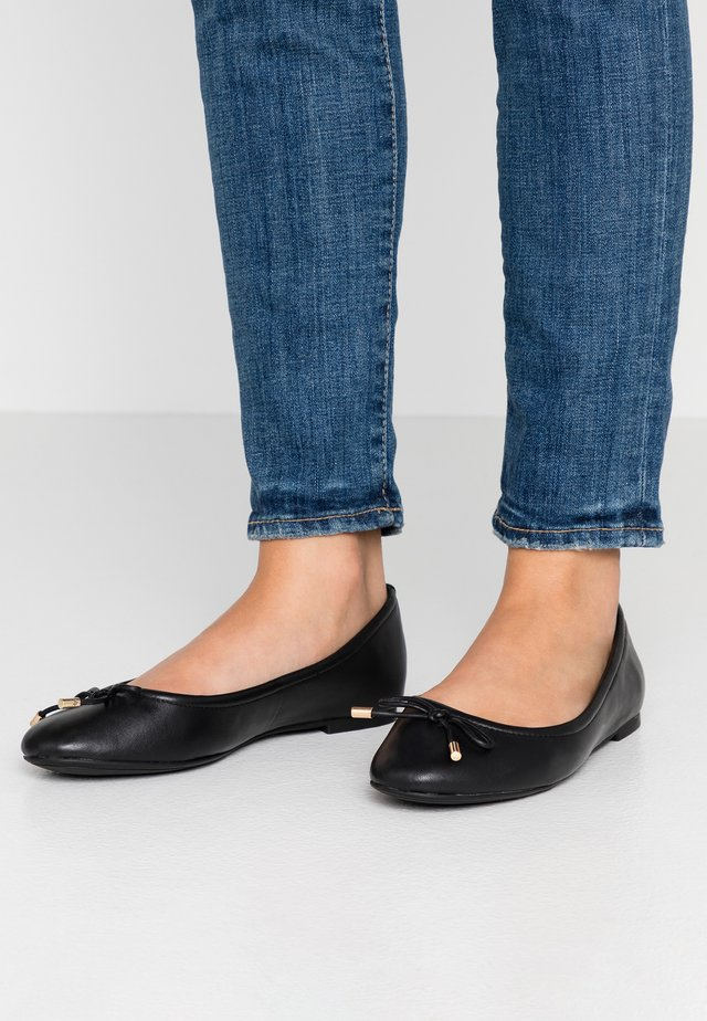 WIDE FIT UNELAMMA - Ballerines - jet black