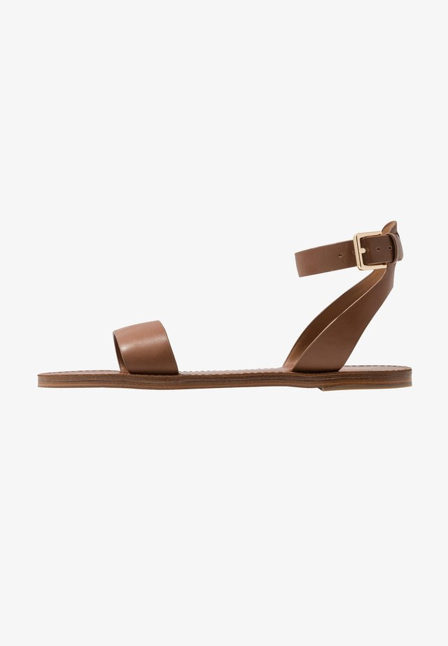 WIDE FIT CAMPODORO - Sandals - cognac