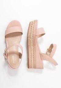 ALDO Wide Fit - WIDE FIT MAUMA - Sandály na platformě - other pink - 3