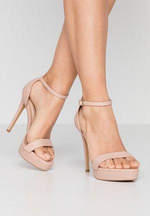 WIDE FIT MADALENE - Sandalen met hoge hak - bone